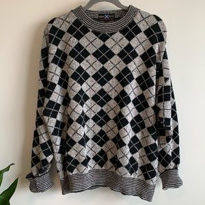 Vintage oversized sweater argyle pattern